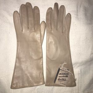 NWT Fownes Leather Gloves Size 6.5